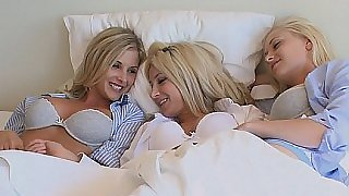 Three blonde lesbian pussies in bed