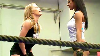 Backstage with Nude Fighters Jessica and Kyra