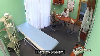 Doctor helps gal to got orgasm