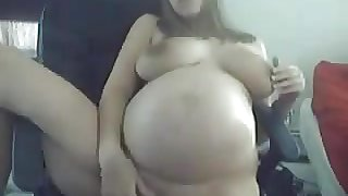 9 Months Pregnant On Cam