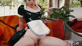Bigbooty maid screwed and sprayed with jizz