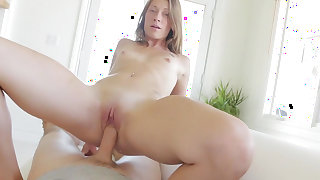 Kirsten Lee feels amazing with such a big cock in her snatch