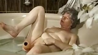 Horny Amateur clip with Grannies, Toys scenes