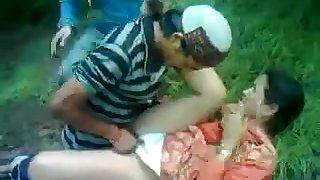 Desi Shy Aunty Fucked By Himachali Guy